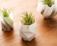 deck-out-3d-printed-vases-with-washi-tape